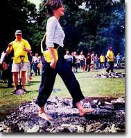 Vuurlopen, vuurloop, Firewalk, arrow breaking, trust fall, break through, teambuilding, sales team